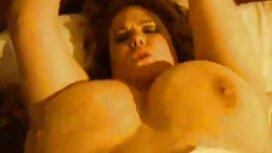 Mummo Nock hänen veljentyttärensä kehon ja ilmaiset pornovideot laittaa hänen likainen sukupuoli